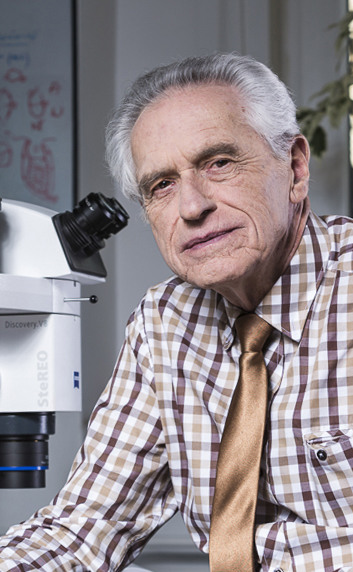 profesor Andrzej Tarkowski